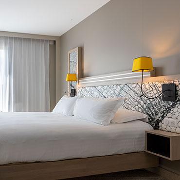 Hilton Garden Inn Tours Centre - Chambre Supérieure - Queen King